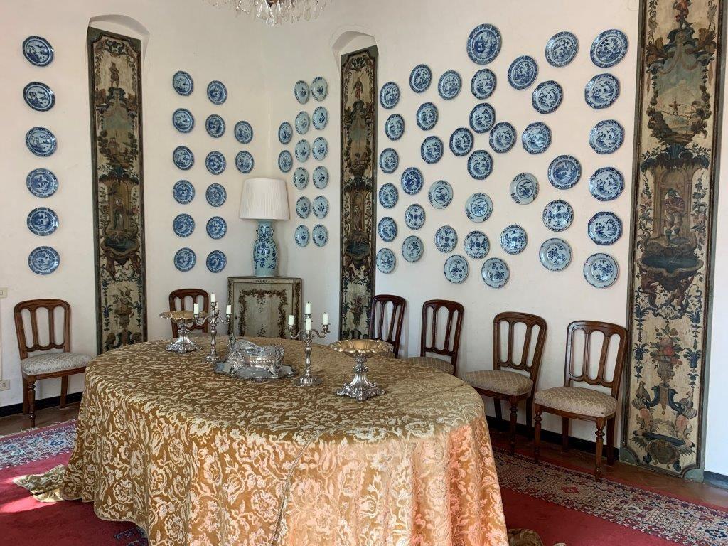sala-pranzo-villa