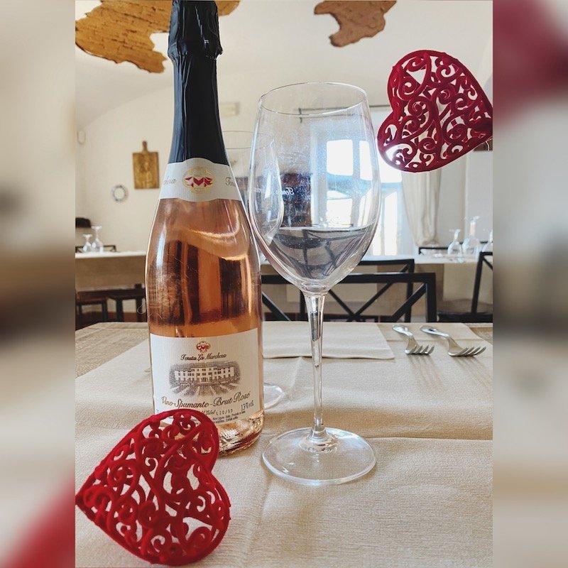 Rosè con cuori san valentino
